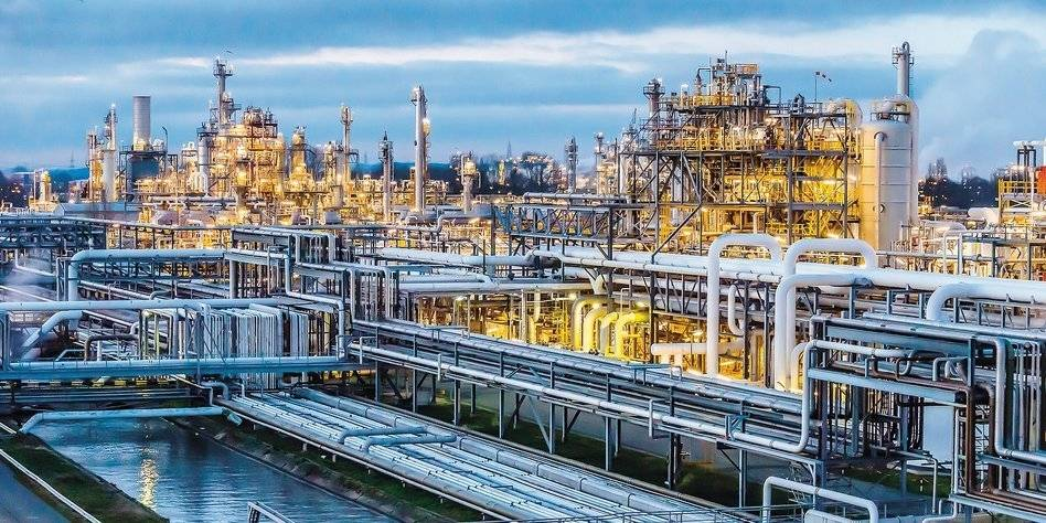 Panorama des Dow Chemical-Werkes in Stade