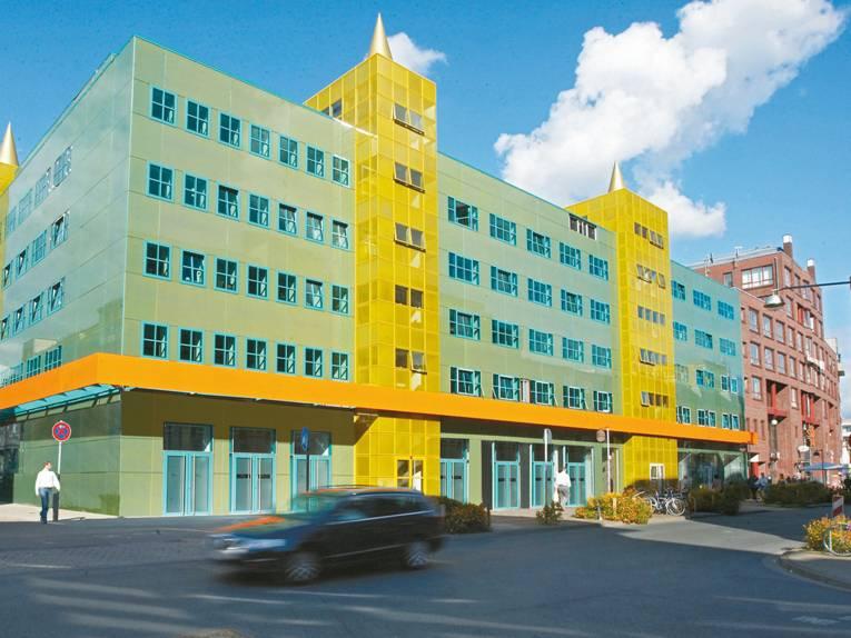 Medienzentrum Mendini-Gebäude