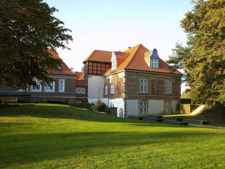 Aussenansicht vom Schloss Landestrost in Neustadt