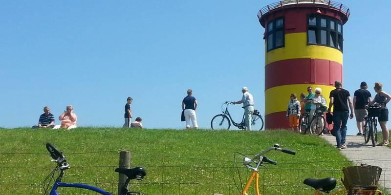 Mit dem Rad am Pilsumer Leuchtturm